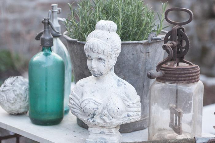 Nostalgischer Rosengarten im Countrystyle