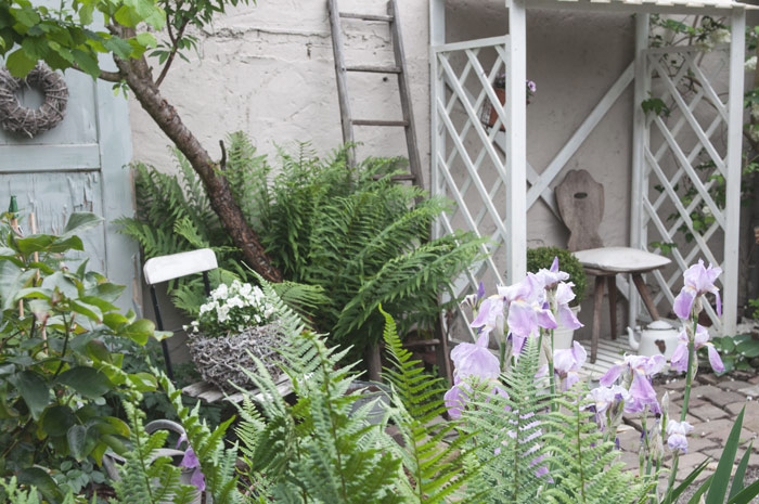 Sitzecke im Garten Gartendekoration